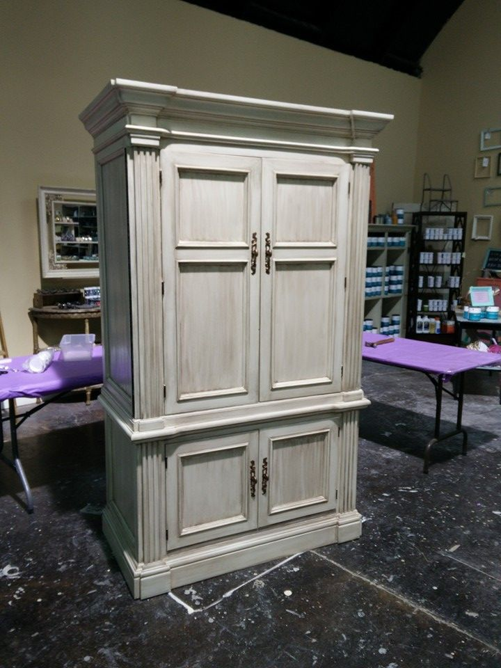 1000 images about vintage white on pinterest china for Caldwell kitchen cabinets
