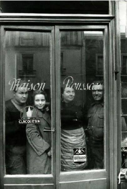 Maison Rousseau Paris 1950 (Izis Bidermanas)