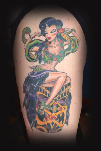 cool hula girl tattoo by holly saville tattoos pinterest hula girl tattoos tattoo girls. Black Bedroom Furniture Sets. Home Design Ideas