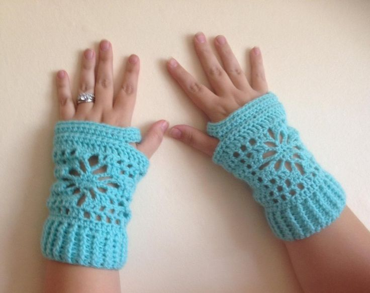 23 best Fingerless Glove Crochet Patterns images on Pinterest ...