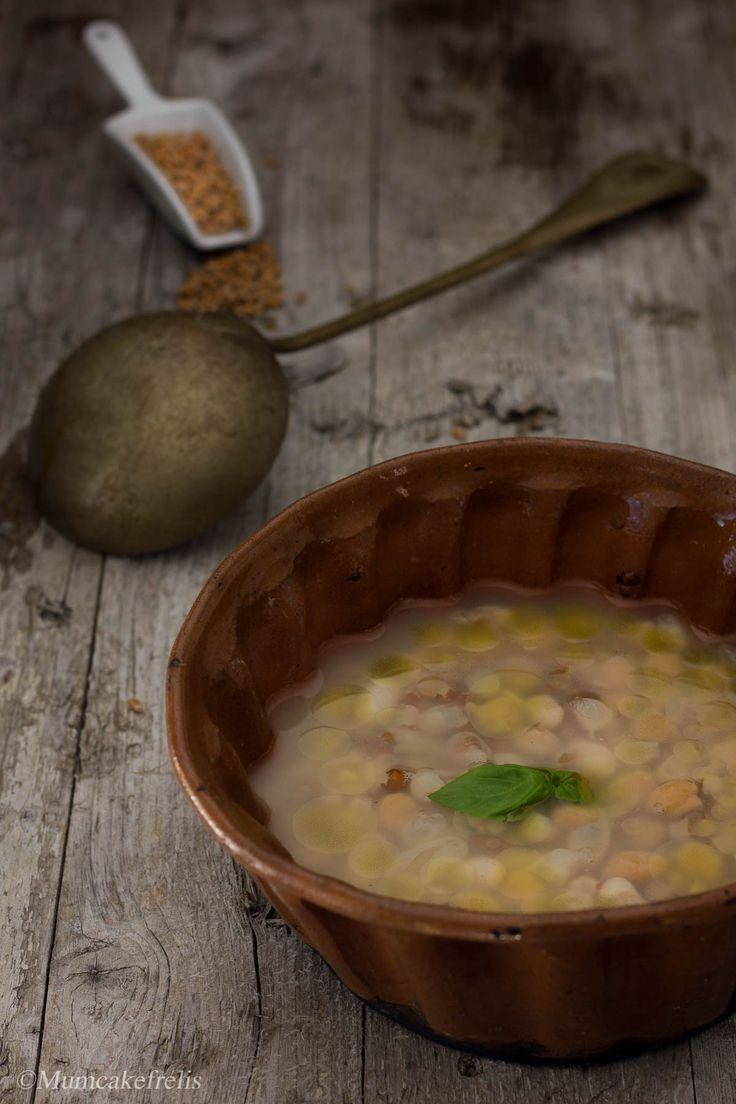 MESC- CIUA (Liguria): a soup with spelt, chickpeas and borlotti beans