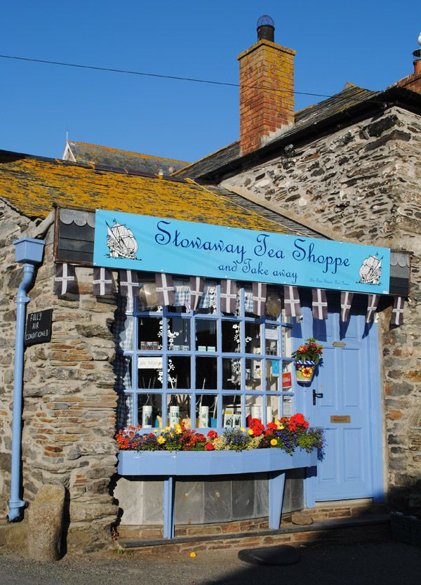 Sweet little tea room, down a very tiny lane in Port Isaac, north Cornwall, England, UK.