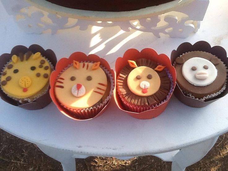 Doce Festa: Cupcakes Animais do Safari Safari Animals cupcakes