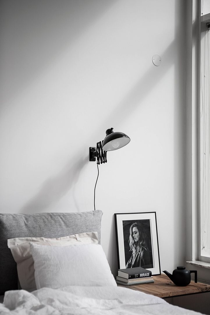 Beautiful bedroom nice Color palette soft grey, black and dark wood. Alvhem Mäkleri och Interiör