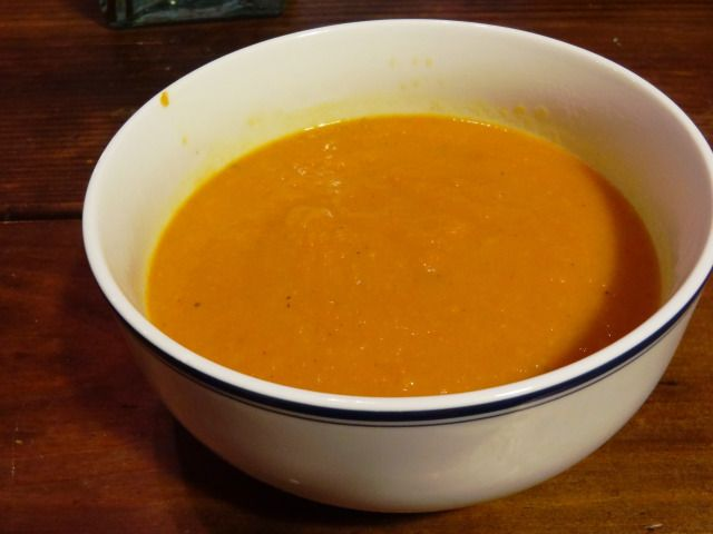 Carrot, Apple & Ginger Soup | Vegan | Pinterest