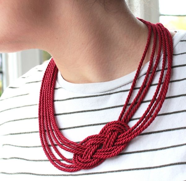 DIY: nautical knot rope necklace. She makes it look so simple! Plus, loads of other DIY tutorials and tips...