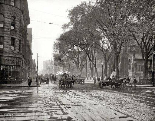 """Circa 1916. """"St. Catherine Street, Montreal, Quebec."""""""