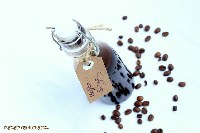 Kaffee - Sirup   -  von Rezepte mit Herz für Ca.  250 ml : ♡ 160 g Kaffeebohnen  ♡ 700 g Wasser ♡ 1 Vanilleschote  ♡ 200 g Zucker
