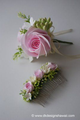 Could our florist create hair accessories for the bridesmaids and flower girls?