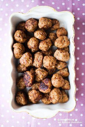 Julköttbullar (uteslut créme fraîche, grädde & pofiber som ändå inte behövs. Ta isf ett extra ägg om man vill ha lösare smet. Ett par matskedar tomatpuré funkar också)