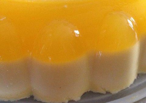 ババロアの材料にオレンジジュースを混ぜて置くだけで2層のババロア!ズボラ派必見のおもてなしスイーツ。