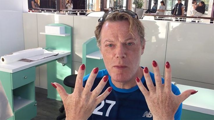 Comedian Eddie Izzard has spoken passionately about his gender identity - while attempting to run 27 marathons.
