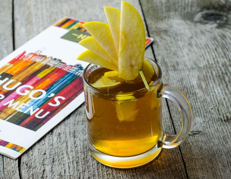 Apple pie cocktail