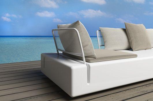 Sistema modular de #asientos para exterior KES, diseñado por Gabriele+Oscar Buratti para #Vondom