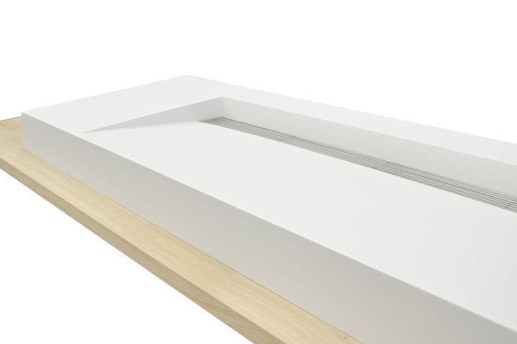 Wastafel Kappa, enkele Solid Surface Wastafel. Betaalbaar en strak design. Maatwerk kasten en wastafelplanken in onze showroom en webshop. www.houtmerk.nl