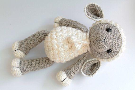 Amigurumi Sleeping Sheep : Best 25+ Crochet sheep ideas on Pinterest Crochet ...