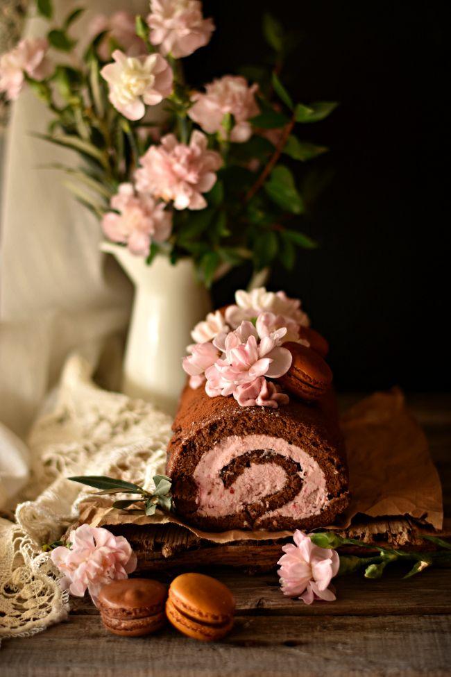 Sweet Gula: Torta de Chocolate com Buttercream de Frutos Vermelhos