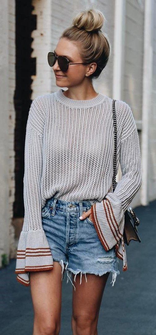 simple ootd top + denim shorts