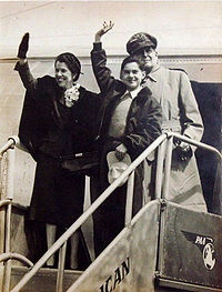 Douglas MacArthur (rear), Jean MacArthur, and Arthur MacArthur returning to the Philippines for a visit in 1950.