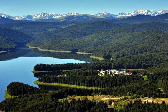 Manastirea Oasa este o manastire ortodoxa aflata in localitatea Sugag, judetul Alba.