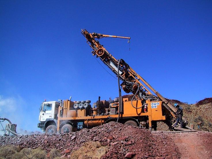 De Beers Australia Field trip, October 2003. Drilling the Blacktop kimberlite.