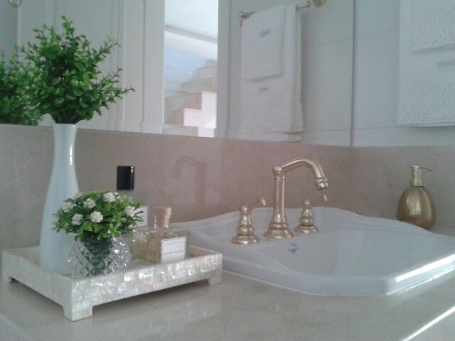 Meu banheiro decorado ♥ Cuba Deca # Metais Becker # Mármore Crema Marfil # To -> Meu Banheiro Decorado