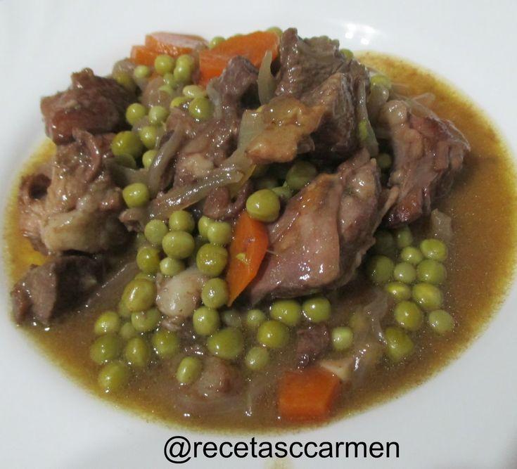 El ragú (del francés ragoût) es un guiso que consiste en estofar trozos de carne (de vaca o cordero, pero también de aves, pescados, y ...