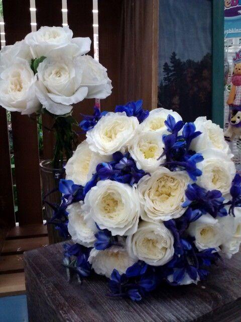 1000 images about bridal bouquets on pinterest. Black Bedroom Furniture Sets. Home Design Ideas