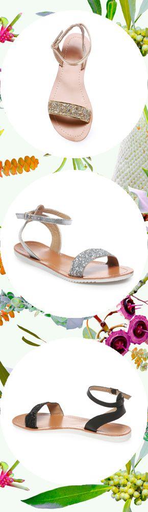 Plutôt doré, argenté ou noir ? On prendre les trois ! Rendez-vous ici pour faire votre choix https://www.lamodeuse.com/sandales-femme/27647-sandales-plates-dorees-a-paillettes.html A bientôt sur lamodeuse.com #sandales #paillettes #mode