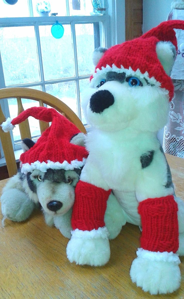 """This Christmas hat & leg warmers can be found  by searching  """"Ragged Island Studio"""" MomInStitches"""
