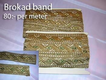 Gör ditt eget hårband.  Material finns bland annat hos Rydströms sybehör på Regeringsgatan 85.