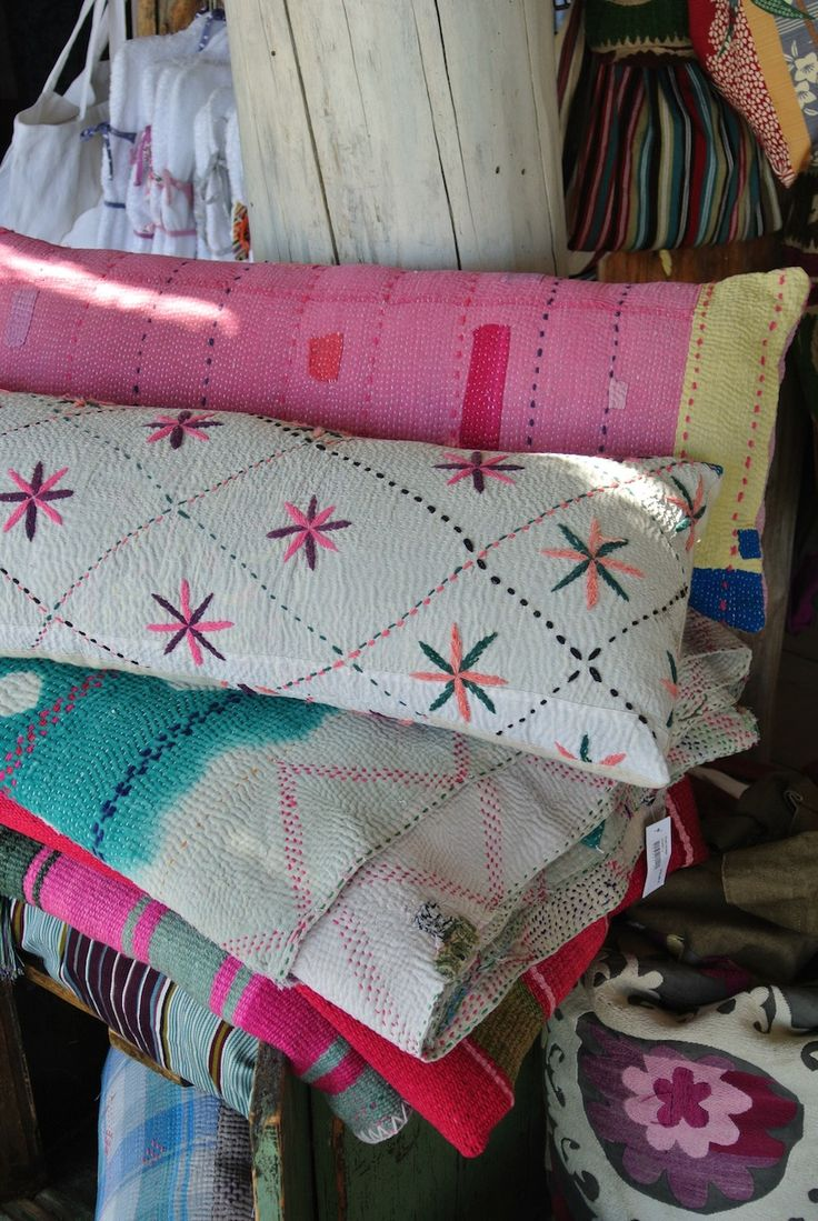 Vintage kantha cushion and blanket CLUB 55-ST TROPEZ-FRANCE