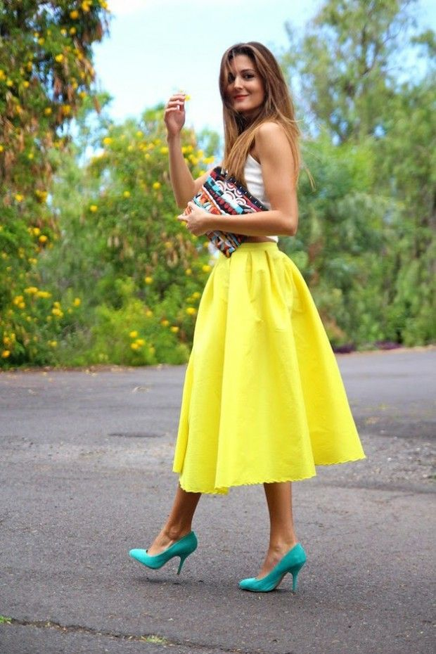 Best 25+ Yellow skirt outfits ideas on Pinterest | Summer skirt outfits Yellow midi dress and ...