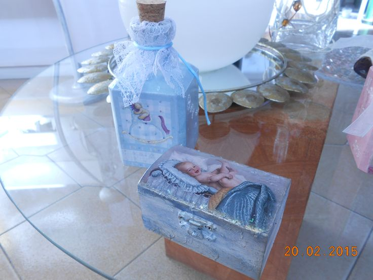 small bottles  6,5x6,5x13,  250  ml  and  wooden  small  boxes  9x5 , baptism  bobonieres