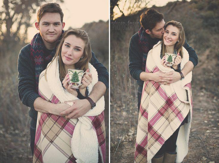 holiday couple photos // holiday couple ideas // winter couple ...