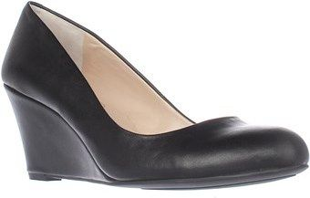 Jessica Simpson Sampson Wedge Pumps, Black.