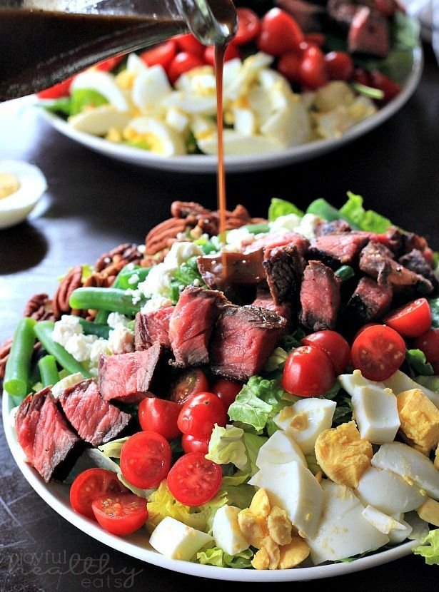 One of my favorite Summer Salads! Ribeye Steak Salad with Balsamic Vinaigrette | www.joyfulhealthyeats.com | #saladrecipes #30minutemeal #manfood
