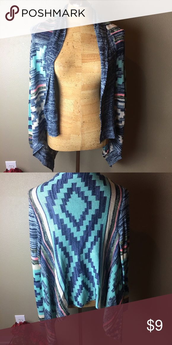 Cardigan Tribal print cardigan in excellent condition size medium and runs true to size. Eyeshadow Sweaters Cardigans