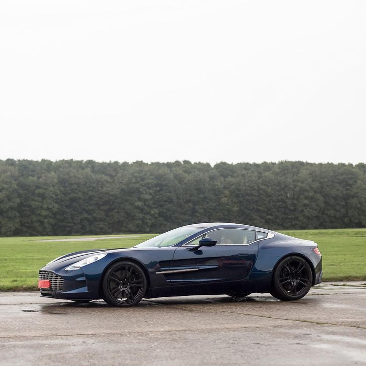 Attrayant AM One 77 · Aston MartinMartin ...