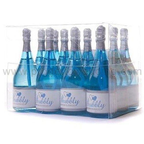 Bolle di sapone bottiglia color blu.  Ogni bottiglia contiene una soluzione liquida che non macchia e non è tossica.  www.progettowedding.com