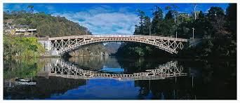 Spanning the Cataract gorge is the lovely Kings Bridge dating from 1867.