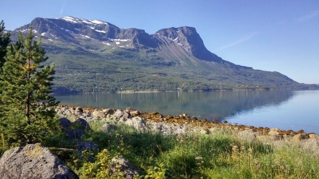 Top 5 scenic drives in Lapland for road travelers touring North Europe