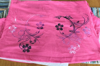 Craft Affection: Lace, Spray Paint Shirt