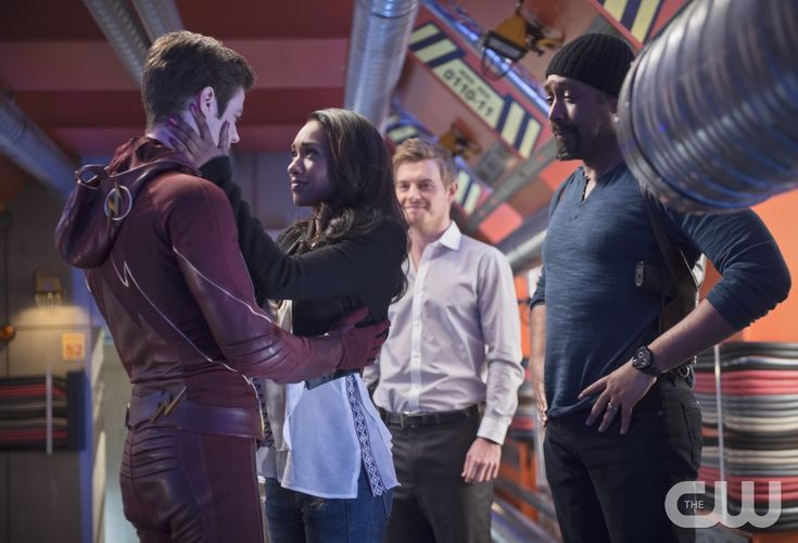 """The Flash -- """"Fast Enough"""" -- Image FLA123A_0127b -- Pictured (L-R): Grant Gustin as Barry Allen, Candice Patton as Iris West, Rick Cosnett as Detective Eddie Thawne and Jesse L. Martin as Detective Joe West -- Photo: Diyah Pera/The CW -- © 2015 The CW Network, LLC. All rights reserved."""