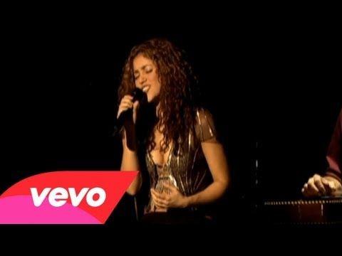 ▶ Shakira - Antologia   Aprendi a quitarle el tiempo a los segundos..