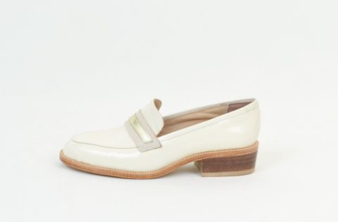 &Attorney MANSFIELD Loafer in Ivory Patent