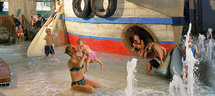 Crawdaddy Cove At The Holiday Inn Hotel Suties Madison Wi Only Indoor Water Park In The