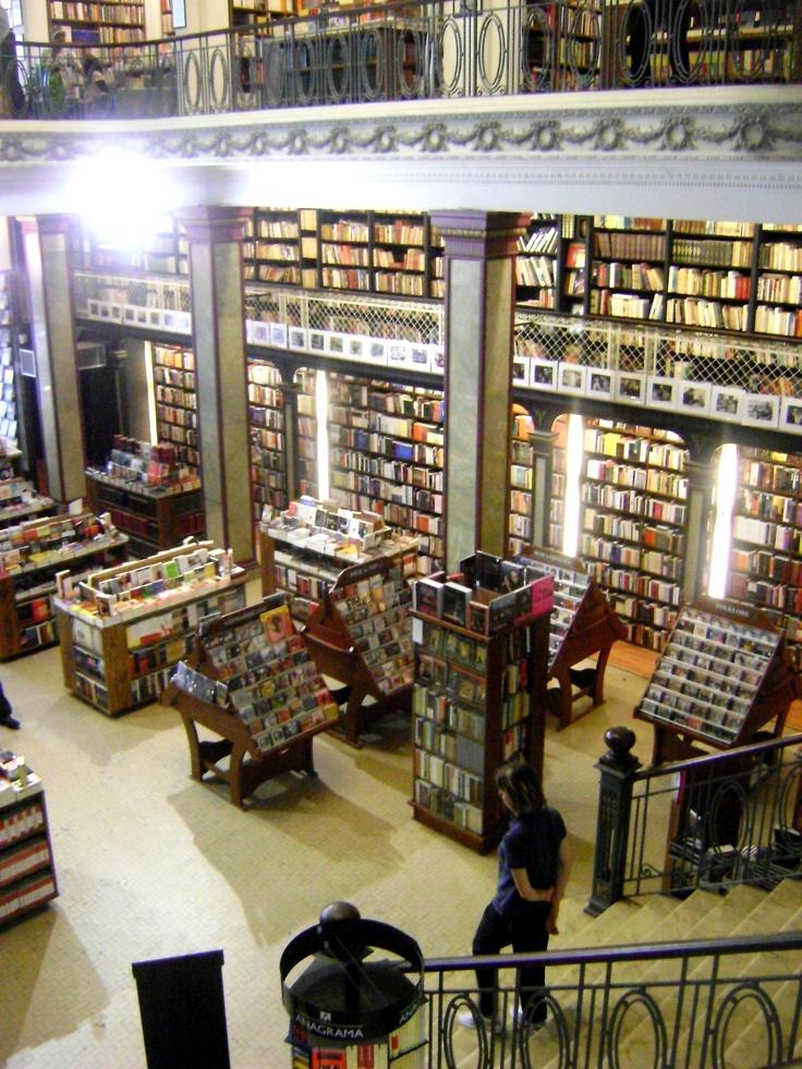 """Libreria """"Puro Verso"""", Ciudad Vieja,Montevideo."""