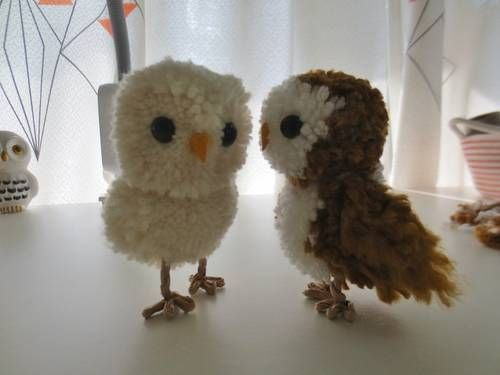 Make Your Own Pom Pom Owl (with semi vague tute)  Read more: http://www.craftster.org/forum/index.php?topic=433909.0#ixzz36TIcxUox