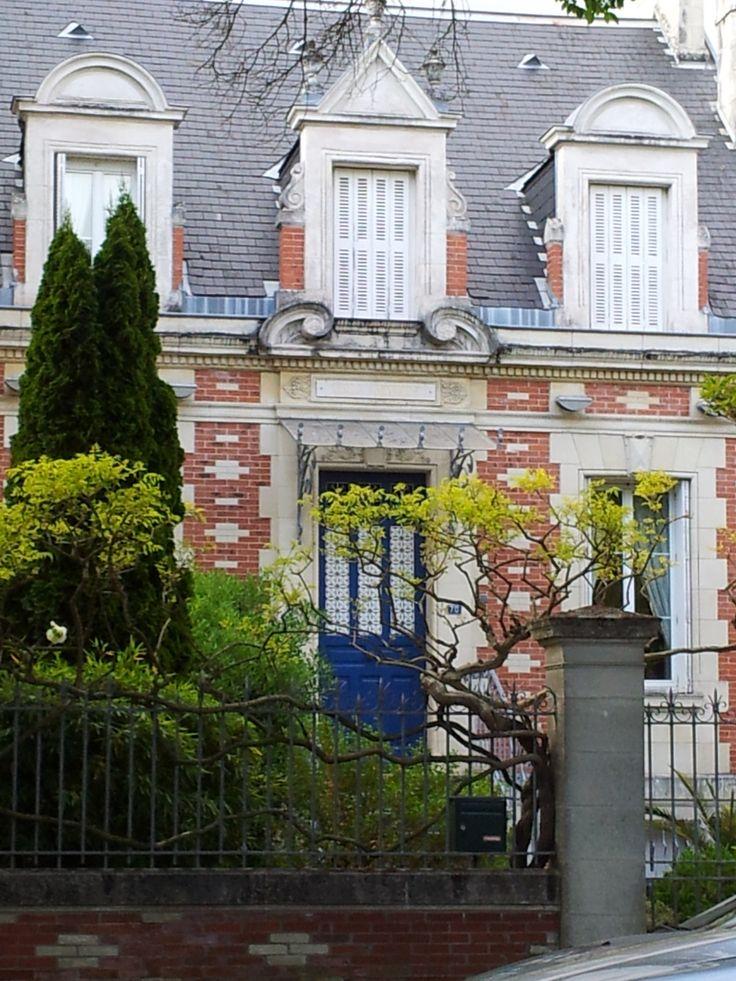 17 meilleures id es propos de demeures de briques rouges - Maison en brique rouge ...